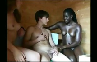 یک جمعیت از دختران لزبین از آن لذت ببرید با سکس تصویری زنده strapons لاستیک