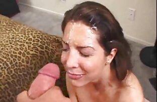 همسر استمناء مهبل (واژن) با پخش زنده فیلم سکسی اسباب بازی