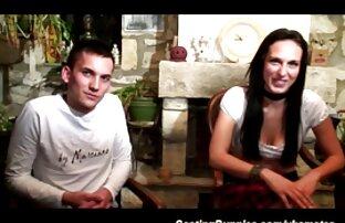 سکس دوست دختر من در مقعد با سکس زنده پخش یک اسباب بازی